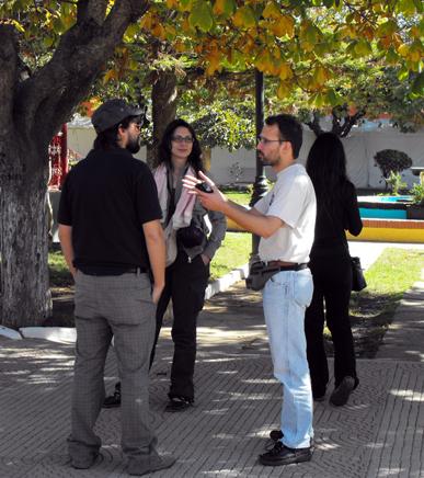 A Curepto, conversano Stefano, Simona e Riccardo.